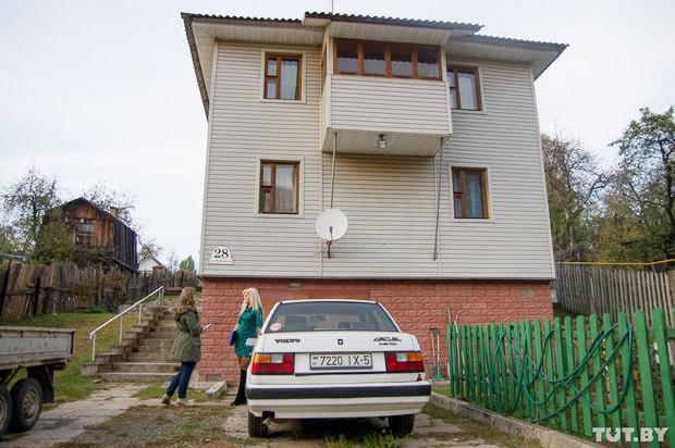 """Супруга экс-директора """"Борисовдрева"""" рассказала о его задержании и визитах """"важных дядей"""""""