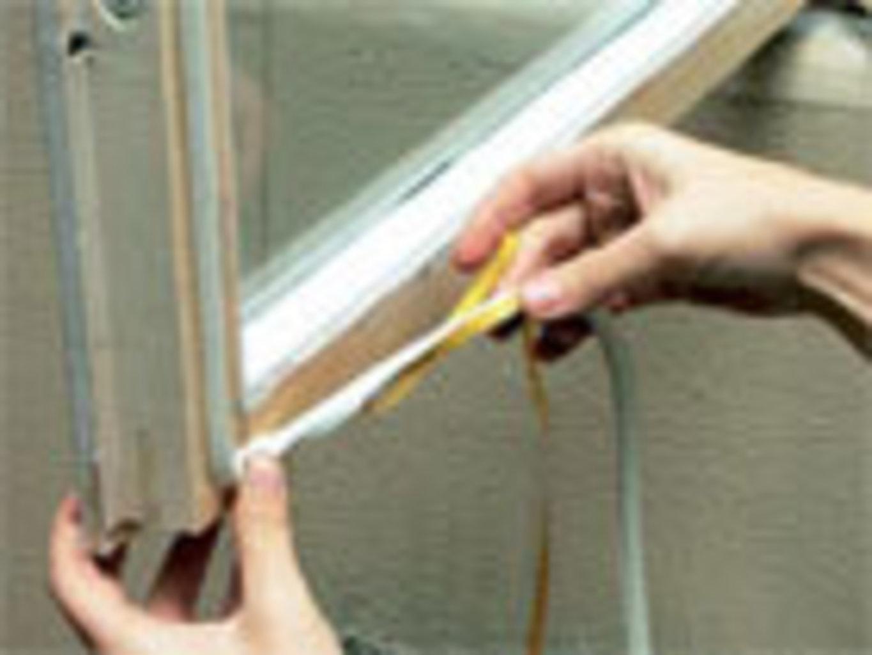 Как утеплить деревянные окна на зиму своими руками фото