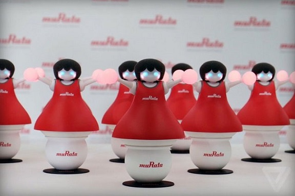 Удивительные роботы болельщики Murata
