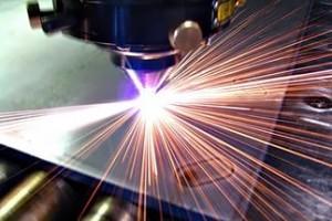 Лазерная резка - наиболее быстротекущий и производительный процесс соприкосновения с металлом