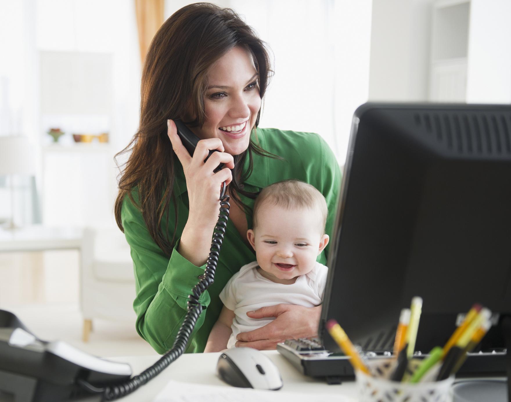 Участницами московского проекта «Мама онлайн» стали более 13 тысяч женщин