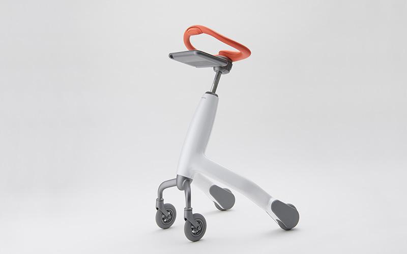 Серийную модель тренировочного робота для ходьбы выпустила Panasonic