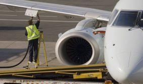В Шереметьево прошла крупная кража авиационного топлива