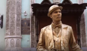 В Москве можно увидеть живые статуи
