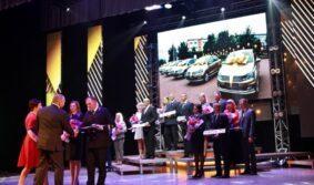 В честь Дня шахтера лучшие горняки АО «СУЭК» награждены автомобилями