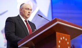 Президент ЕЕК Вячеслав Моше Кантор считает игнорирование проблемы антисемитизма равнозначной нормализации экстремизма
