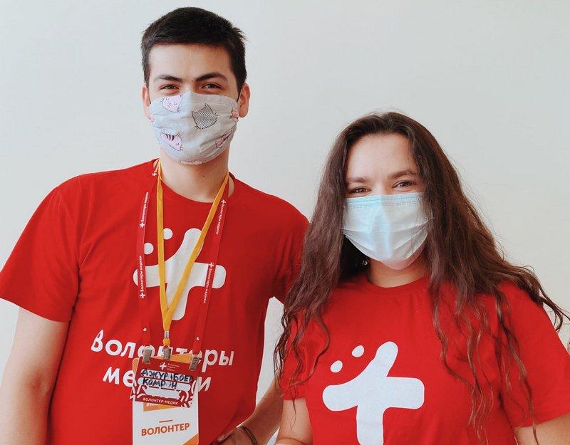 Волонтеры-медики поблагодарили компанию СУЭК Андрея Мельниченко за поддержку добровольческого движения против коронавируса