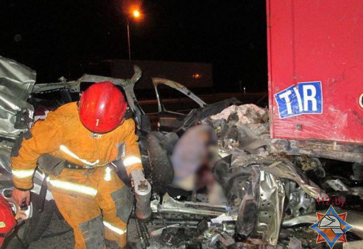 В жутком ДТП под Борисовом погибли российские гражданине