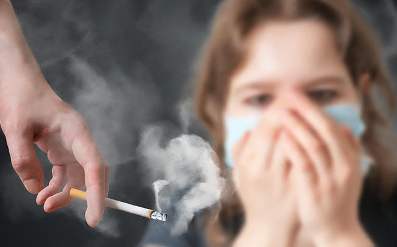 Курение провоцирует патологии при коронавирусной пневмонии
