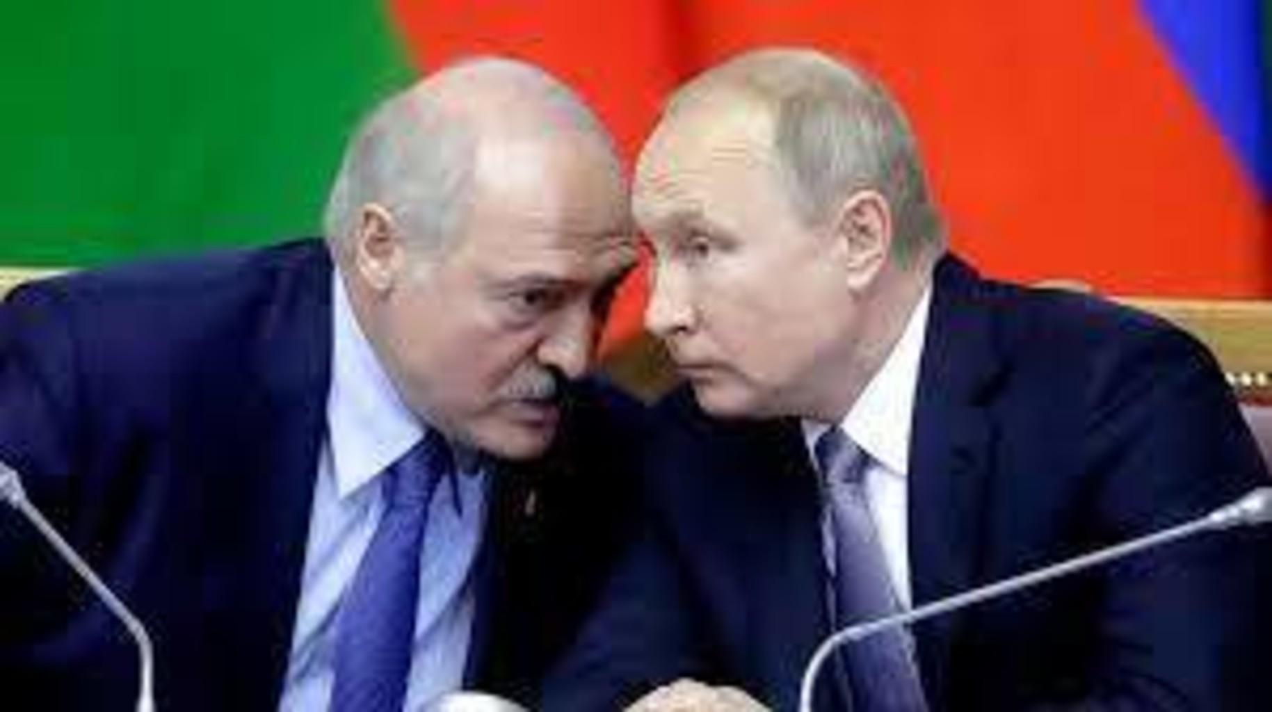 Аналитик: Заявление ФСБ принималось не на Лубянке, а непосредственно в Кремле. Для чего сейчас Путин столь демонстративно подыгрывает Лукашенко?