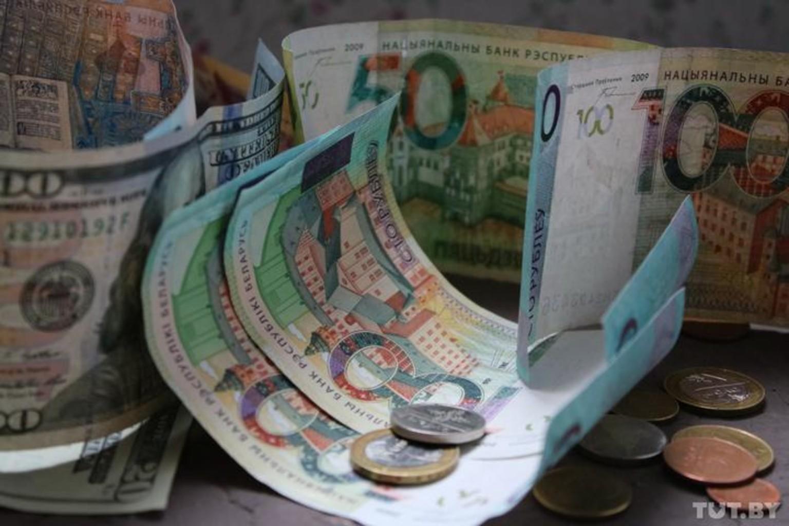 Госдолг Беларуси на 1 августа превысил 53 млрд. рублей.
