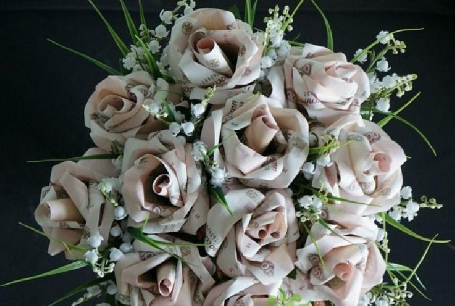Букет цветов из денег, вокзале орле можно