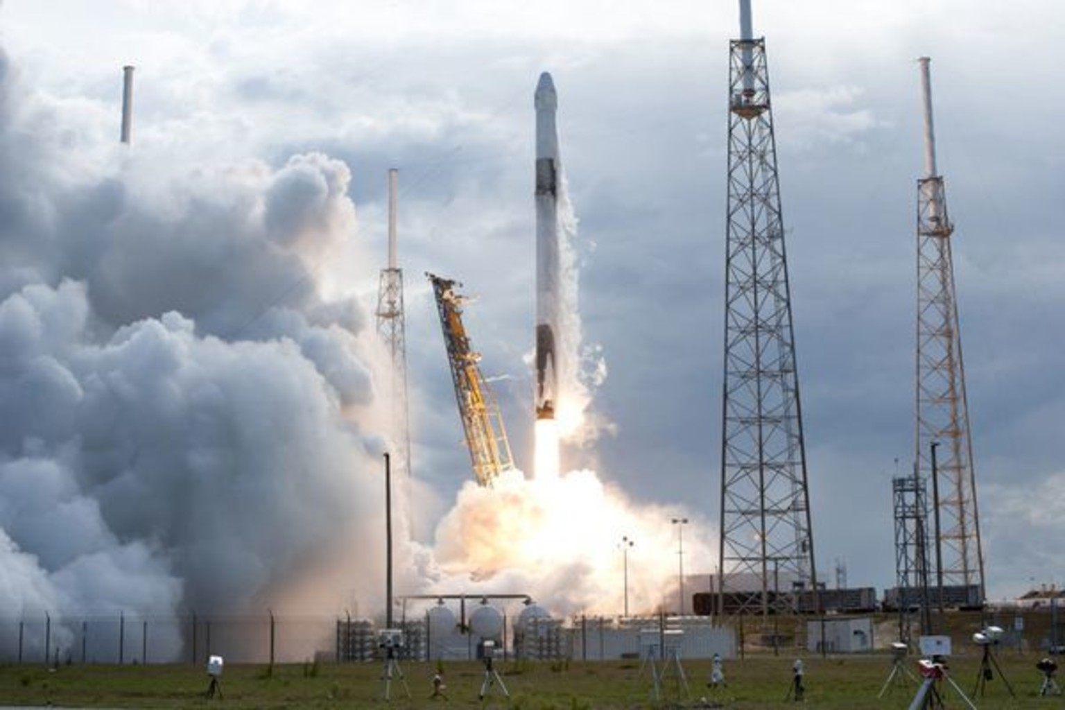 spacex may be launching next - HD1200×799