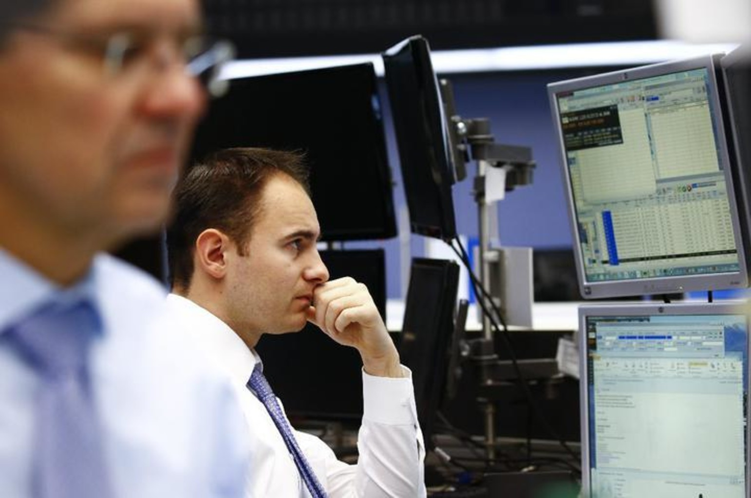 Birzha ekonomika torgi reuters rtx23de4 %281%29