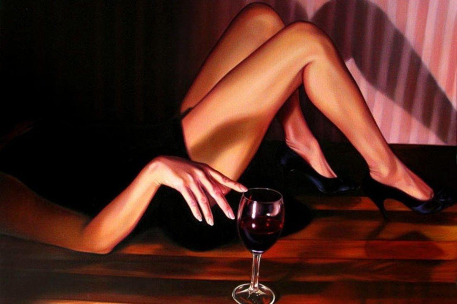 Картинки девушка с бокалом вина на аву, локомотив спартак приколы