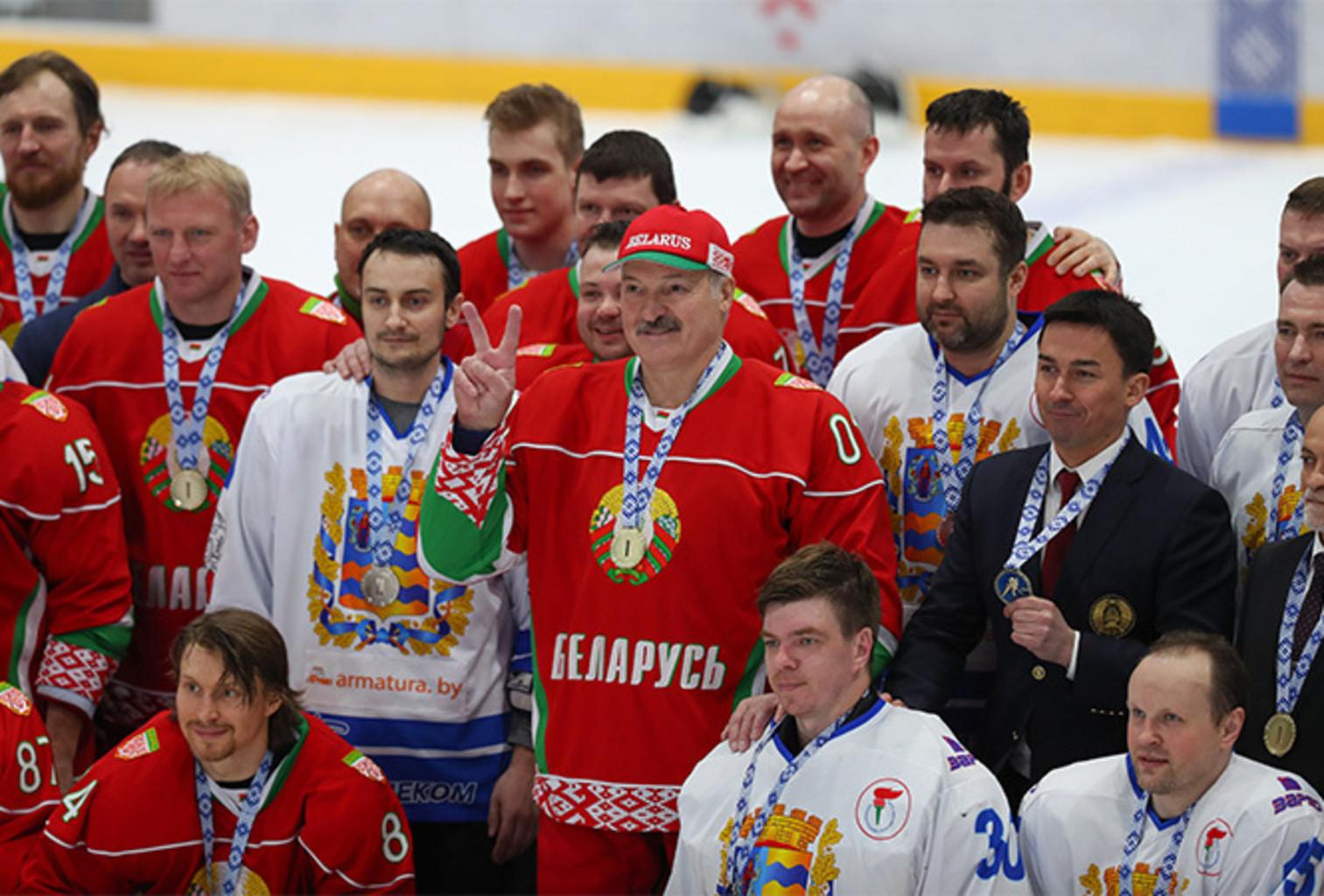 Lukashenko khokkey 11042020 4