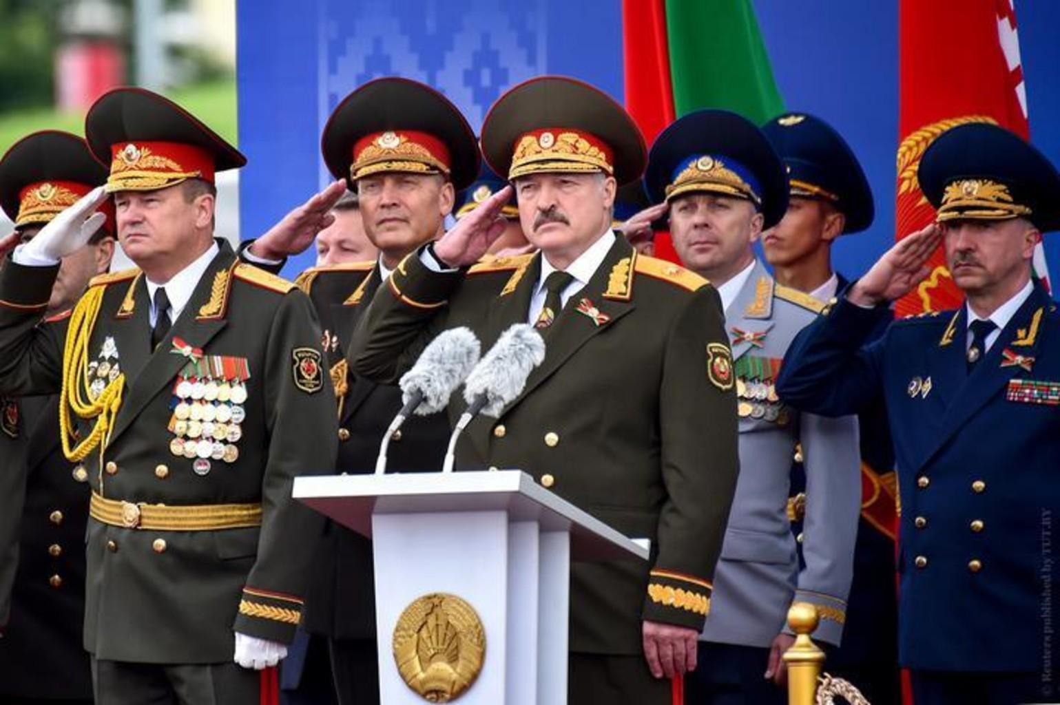 Lukashenko parad 2018