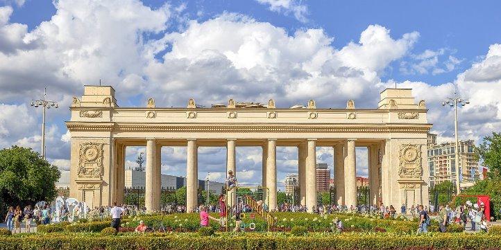 Посетители московских парков Департамента культуры смогут бесплатно посмотреть репетиции постановок ведущих театров