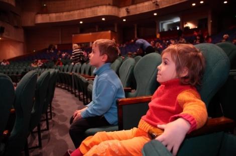 Проект «Московское кино в школе» укрепляет связь между поколениями – Исаак Калина