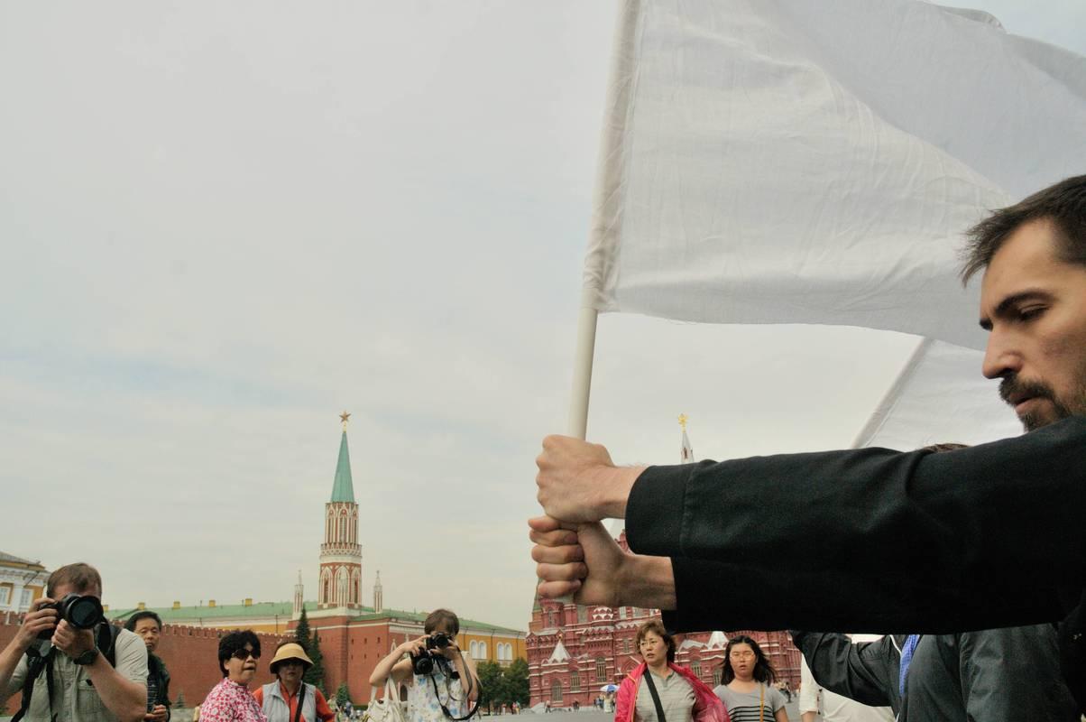 Денис Мустафин. Белое на красном. Москва, Красная площадь