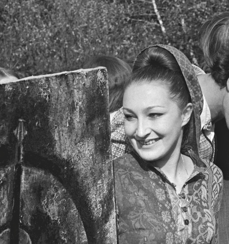 Надежда Эльская на выставке в лесопарке «Измайлово». Москва