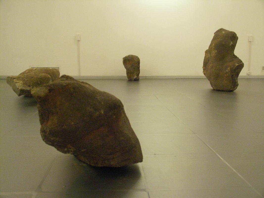 Документация выставки Олега Блябляса «Голоса в отдалении»