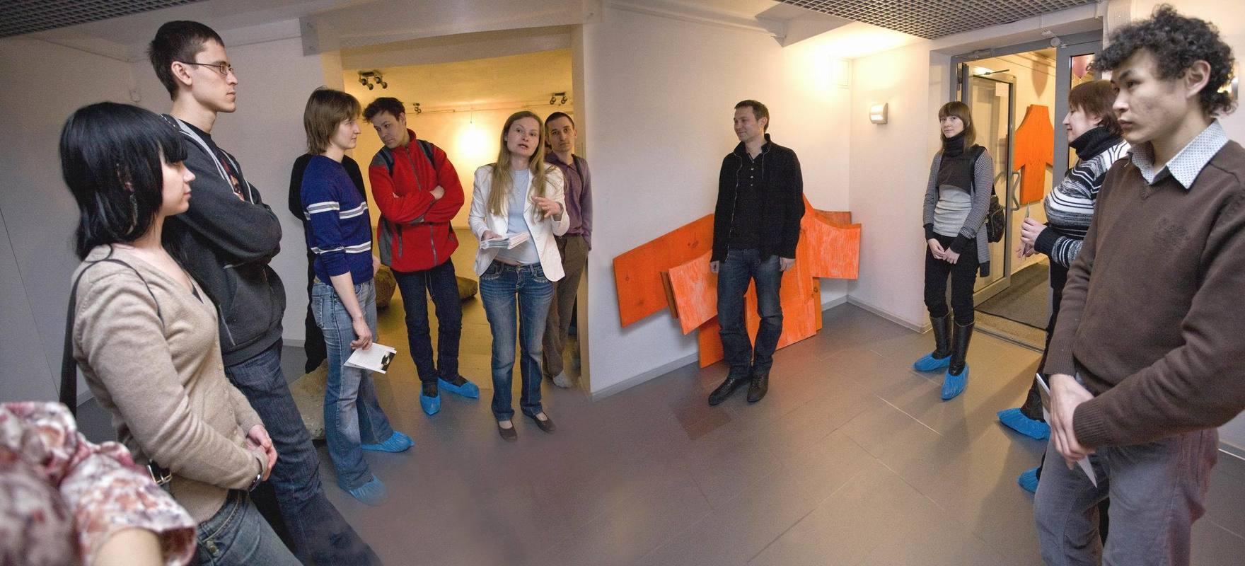 Открытие выставки Олега Блябляса «Голоса в отдалении»