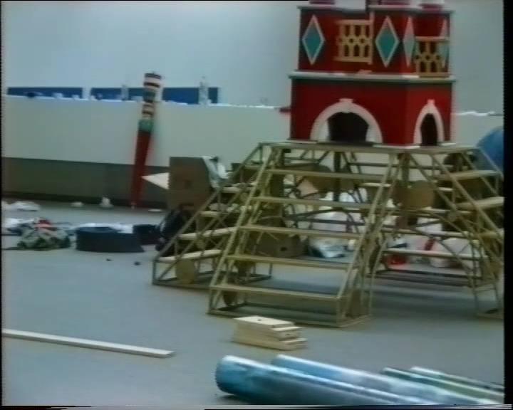 Sowjetische Kunst um 1990. Монтаж выставки
