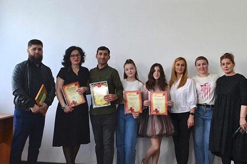 Благотворительный концерт для жильцов ГКУ РПНИ в честь «1 мая» 30.04.2021г.
