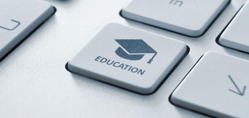 Ведущие российские специалисты обсудили перспективы цифрового образования в онлайне
