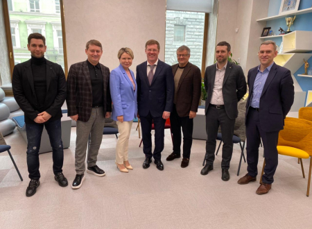 05 апреля в Санкт-Петербурге состоялась рабочая встреча Московской федерации футбола и Федерации футбола Санкт-Петербурга
