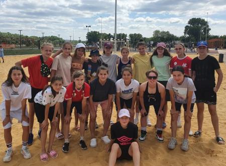 Сборная Москвы (девушки до 15 лет) обыграла сборную Краснодарского края и вышла в полуфинал с 1 места