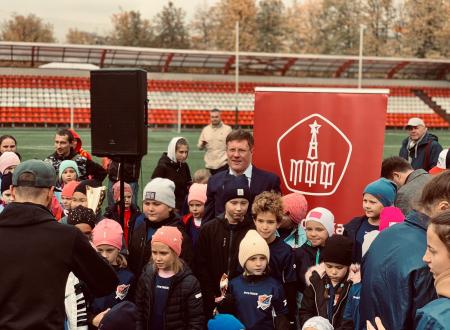 Футбольный фестиваль для женских команд