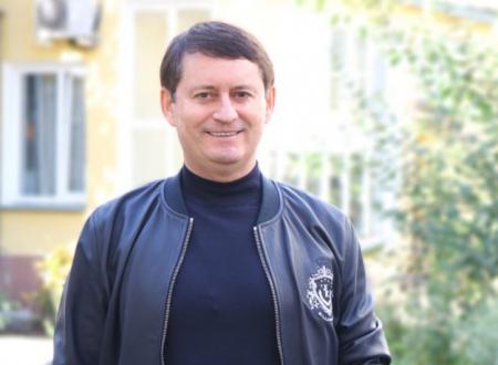 Александр Старцев провел совещание по женскому футболу