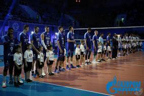 20 ноября наши маленькие представители Школьной Волейбольной Лиги пришли поддержать Зенит-Казань