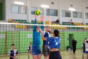 Голосуй за самую активную школу зоны «Юго-Восток» Школьной волейбольной лиги
