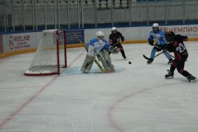Межрегиональные отборочные соревнования между хоккеистами 2009-2010 годов рождения в городе Сочи. Фото Владимира Набокова