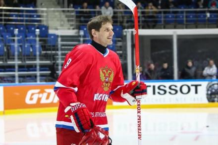 Алексей Яшин: «Я стал заниматься хоккеем, благодаря Тарасову»