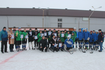 Хоккеисты школы с. Нигматуллино выиграли районные соревнования