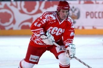 Мужественный защитник «Красной Машины». Сергею Бабинову – 65!