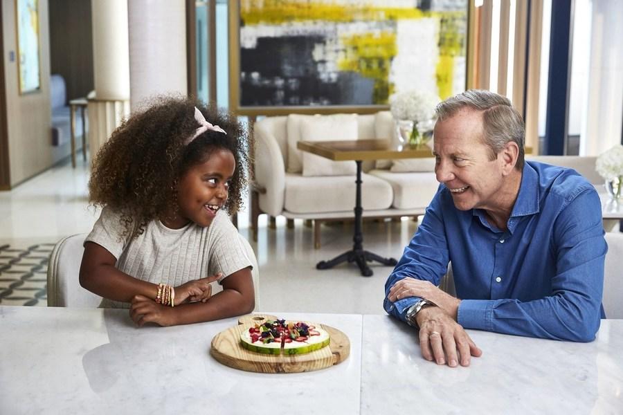 Компания Jumeirah Group совместно с юными гурманами создала FoodieKiDS – оригинальное детское меню полезных блюд, которое дополнит впечатления от семейного отдыха