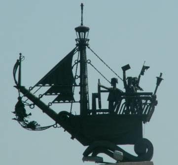 Кораблик Александра Грина - один из символов Анапы