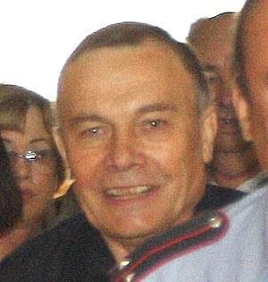 Экс-мэр Тольятти Николай Уткин перед судебным заседанием