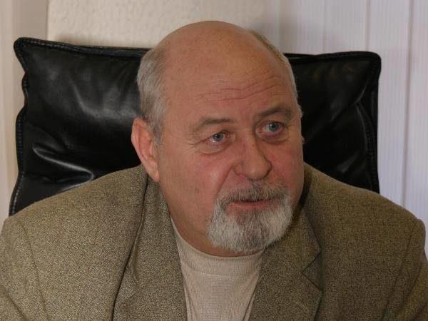 Депутат Владимир Жуков