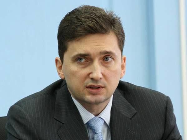 Геннадий Таранов, руководитель департамента дорожного хозяйства, транспорта исвязи