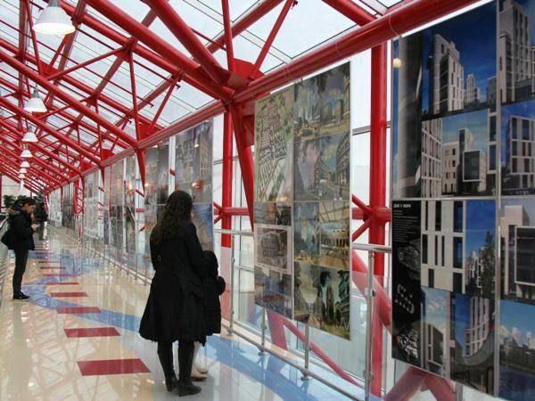 Выставка «Архитектура Петербурга» вТольятти