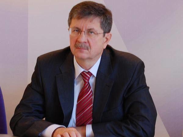 Руководитель департамента здравоохранения мэрии Тольятти Александр Изосимов