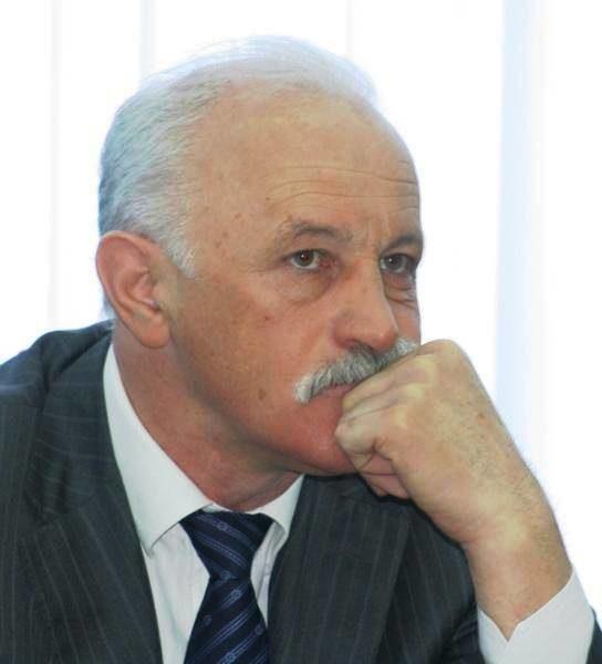 Руководитель департамента потребительского рынка ипредпринимательства мэрии Тольятти Хетаг Тагаев