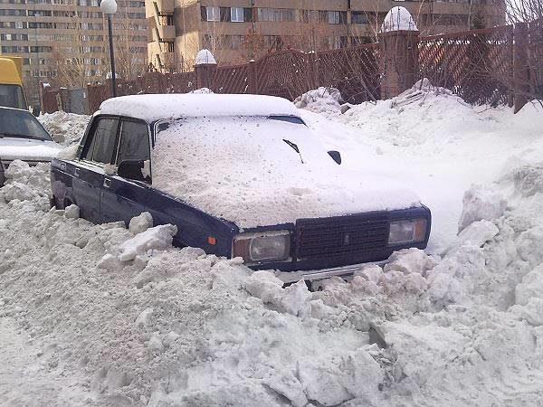 Владельцев автомобилей, мешающих уборке снега, будут штрафовать