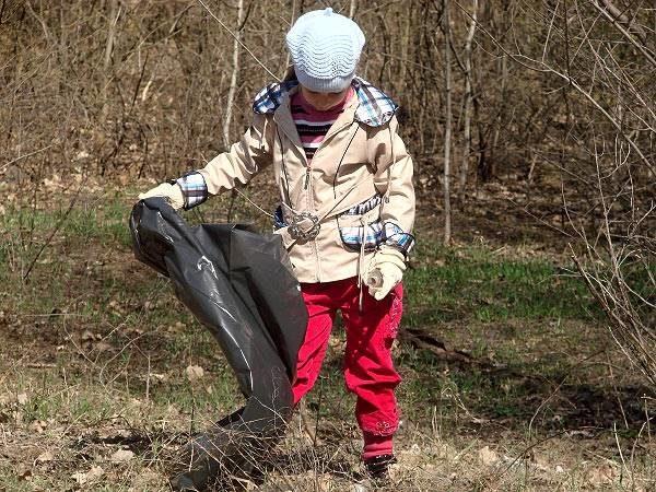 Участница акции «Весенний лес»